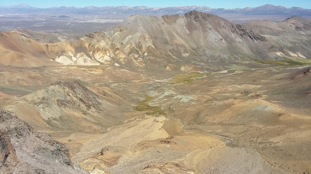 Choquelimpie, Krater über der Laguna Chungara